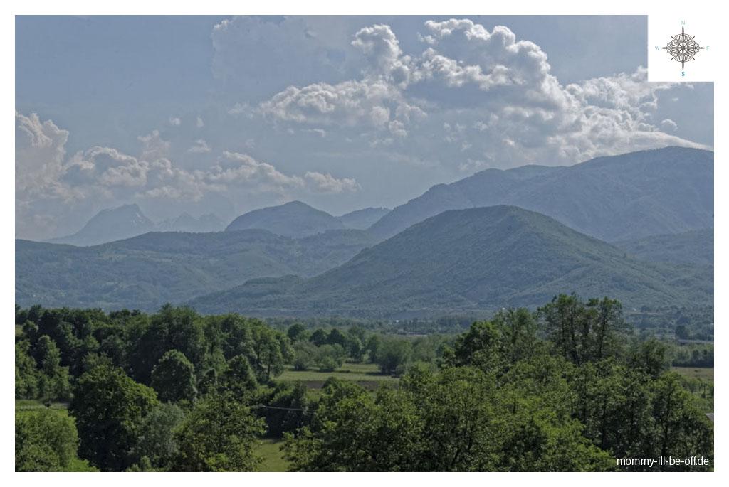 Blick zurueck nach Albanien